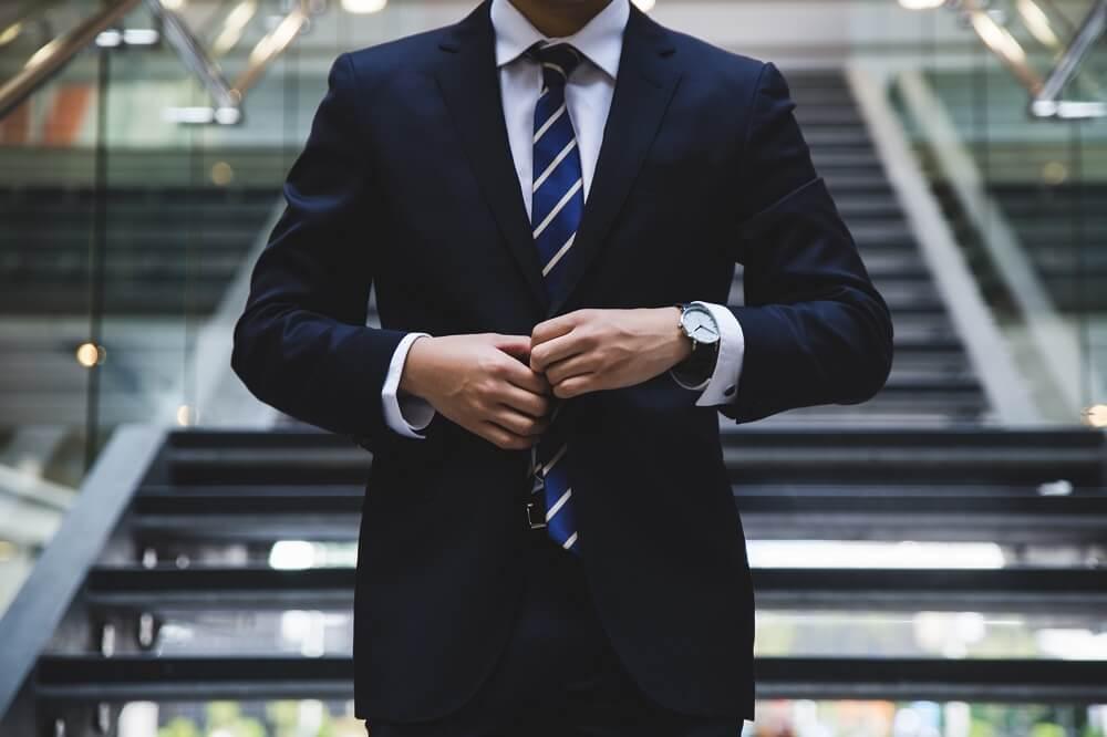 Особеност при промяна правната форма на еднолично търговско дружество