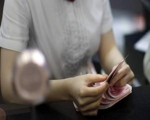 Ограничаването на плащанията в брой с отпор в НС