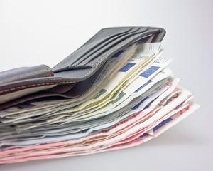 Ограничението на плащанията в брой остава 10 хил. лв.